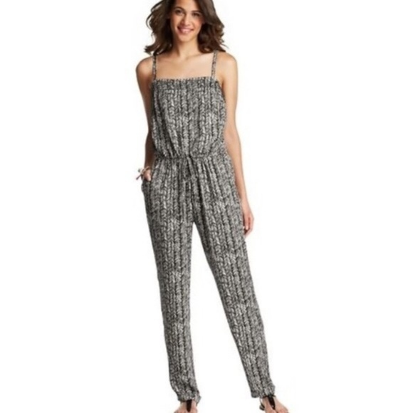 4bbc19a7626f LOFT Pants - Ann Taylor LOFT Black and White Jumpsuit - M